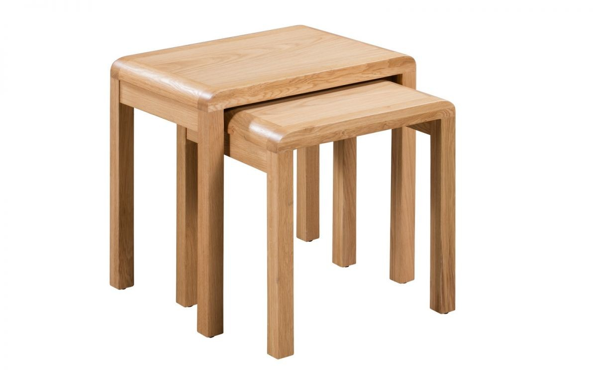 Curve Oak Natural Lacquered Nest of 2 Tables